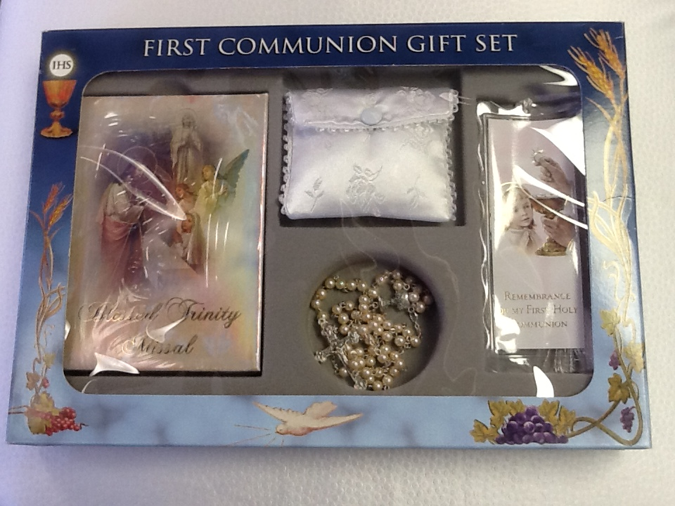 Girl Blessed Trinity Missal First Communion Gift Set